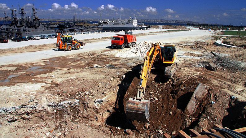 Səngəçal terminalı ərazisində daxili yolların tikintisi